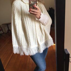 Vintage Sweater Fringe Poncho Off-White